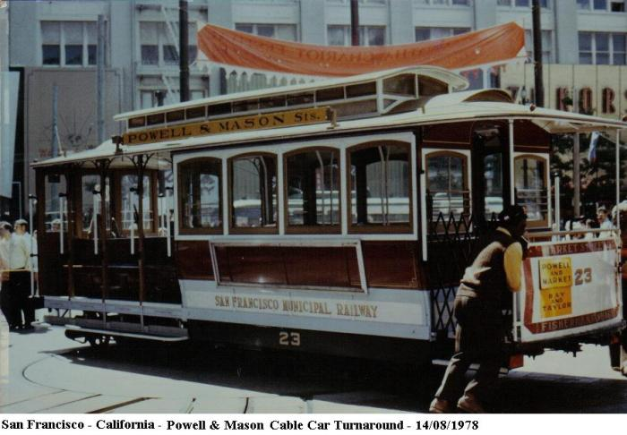 San_Francisco_-_California_-_Powell_&_Mason_Cable_Car_-_1978